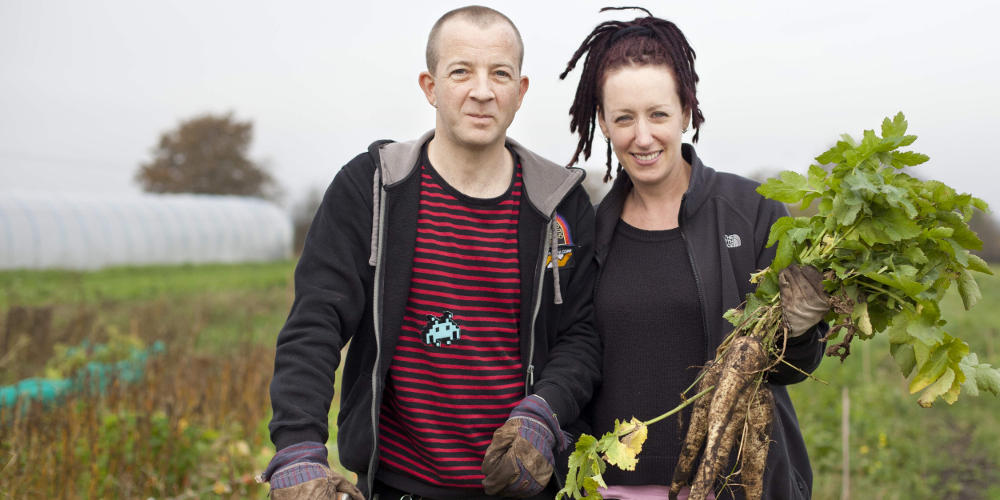 Simon and Emily, Farmstart